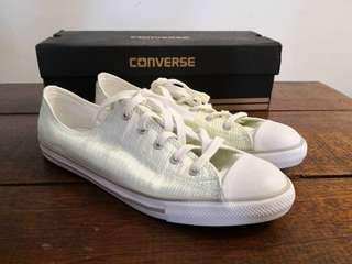 Chuck Taylor All Star Dainty Sneakers in Ox