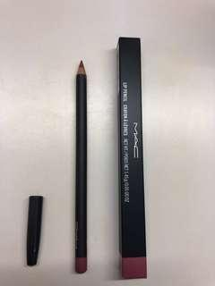 Mac lip pencil -soar
