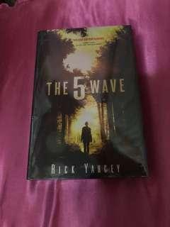 The 5th wave HB