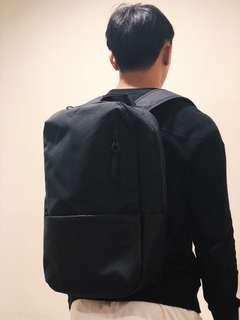 全新 Incase 黑男背包 上班上學約會 可放電腦