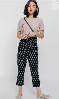 Love bonito Pashline Printed Sash Cropped Pants