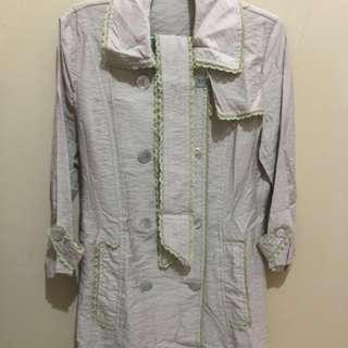 Soft trench coat @30