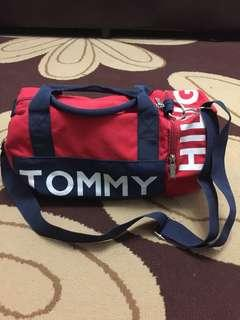 Tommy Hilfiger Duffle Bag (SIZE S)
