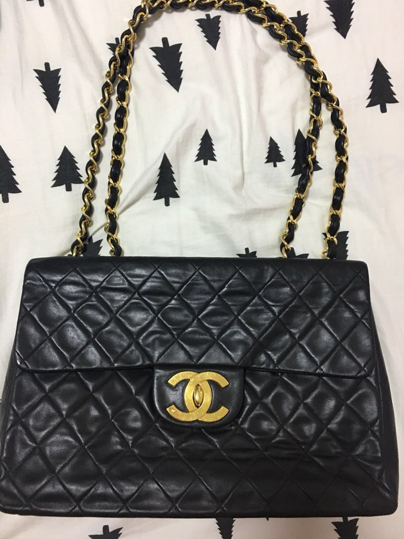 655505c43db4 Authentic vintage CHANEL jumbo maxi bag GHW, Women's Fashion, Bags ...