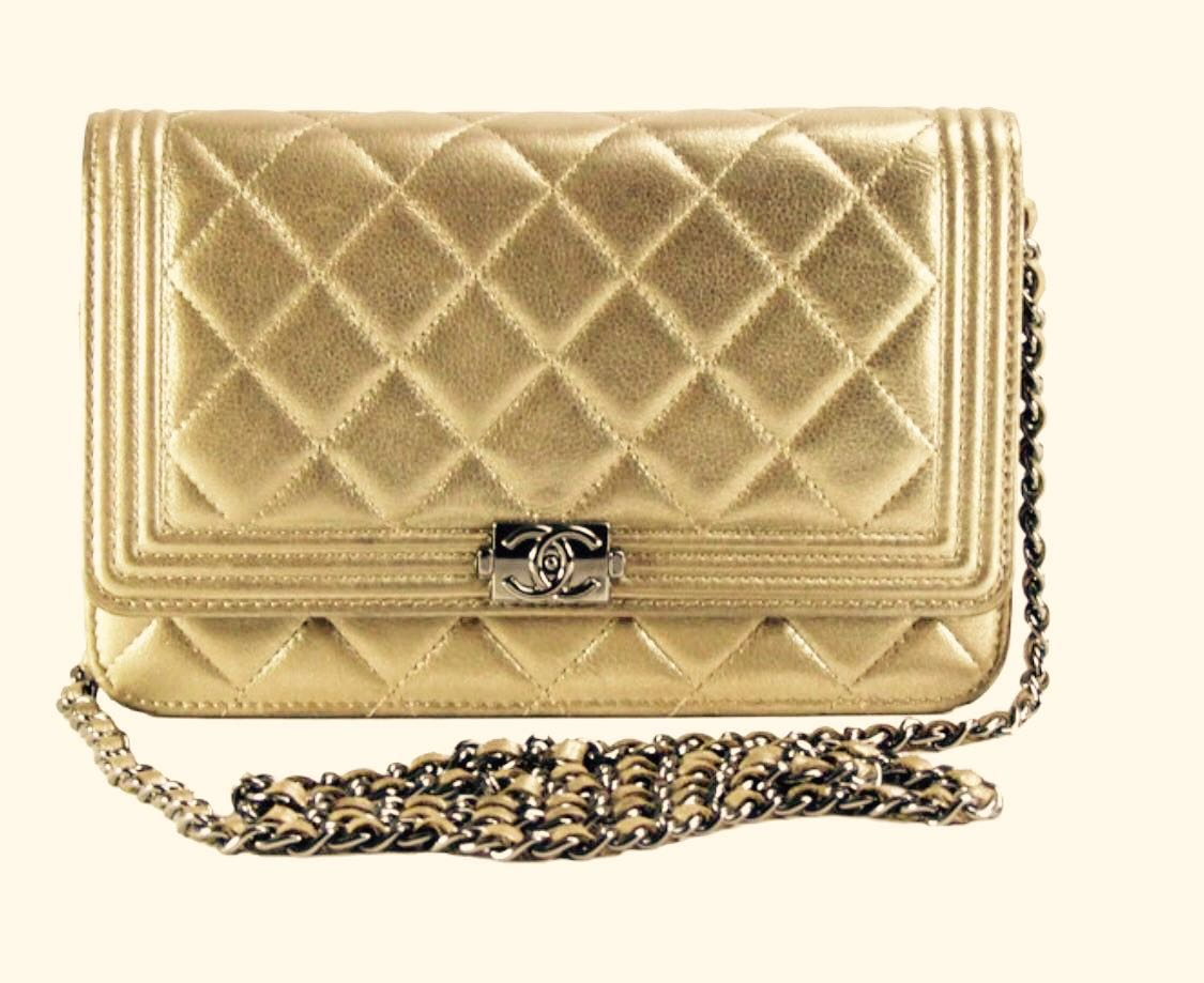 f132d0916fd281 Boy Chanel Wallet on Chain Evening Gold Metallic Flap, Women's Fashion, Bags  & Wallets, Handbags on Carousell