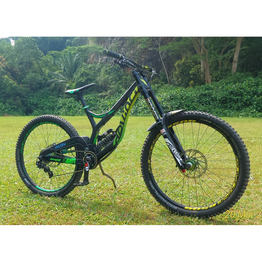 4260a7e2aca Devinci Wilson DH 27.5 2016 MTB Downhill, Bicycles & PMDs, Bicycles ...