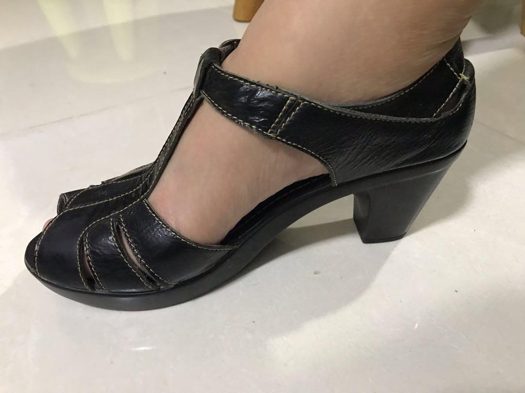 Itti Otto Brown Shoes 👠