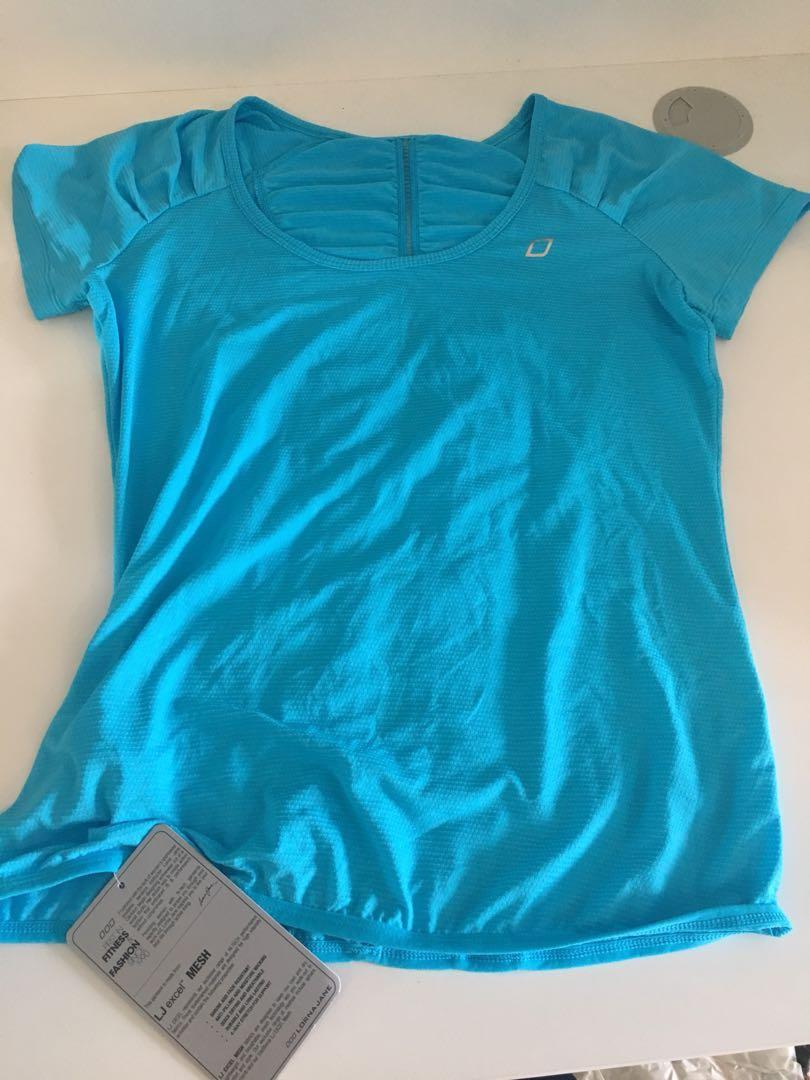 Lorna Jane top size s blue new with tags