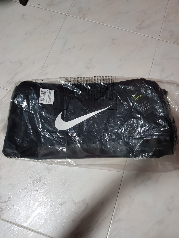 new concept 4215a a5a2d Nike Duffle bag (Medium), Sports, Sports Apparel on Carousell