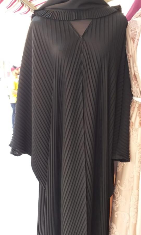 Pleated Dubai Abaya, Women's Fashion, Muslimah Fashion on