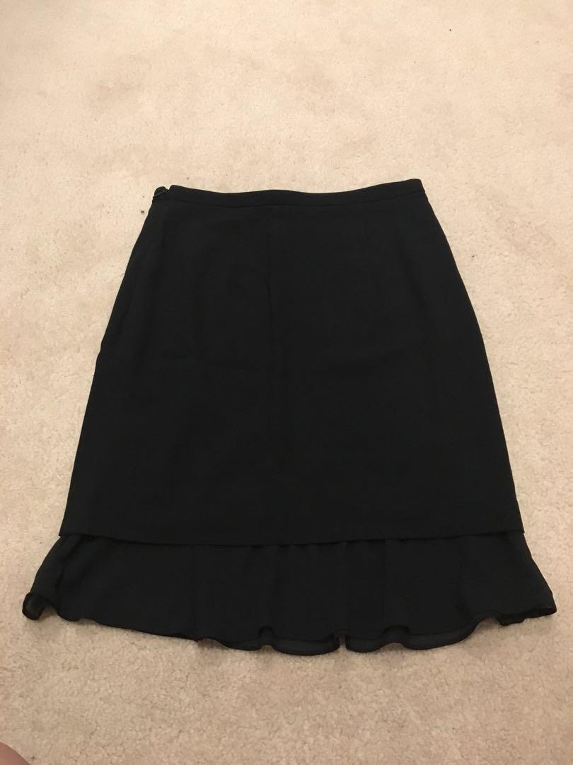 Saba size 6 black skirt office work