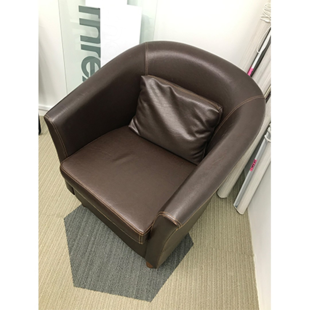 Single Seater Sofa Lounge Chair With Arm Rest Furniture Tables