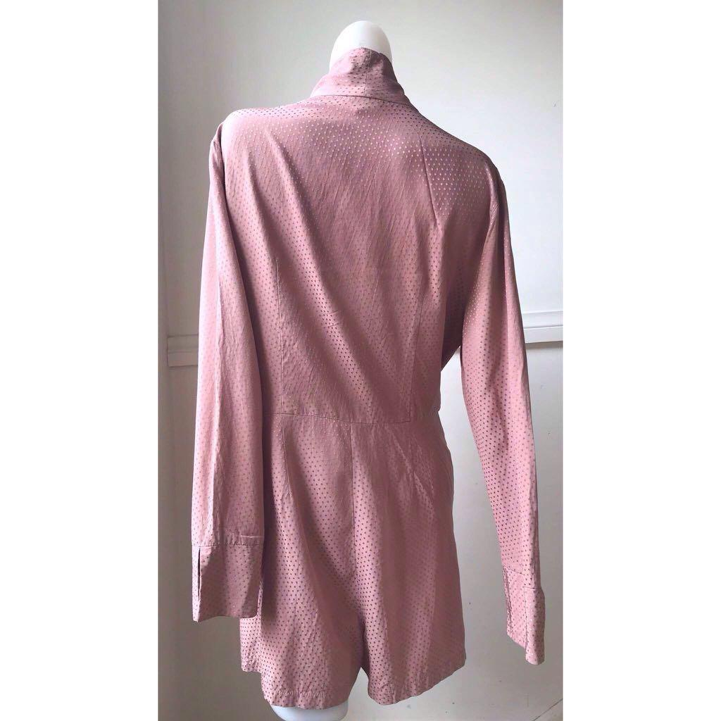 Size 12 (Best fit) Topshop long sleeve dusty pink playsuit