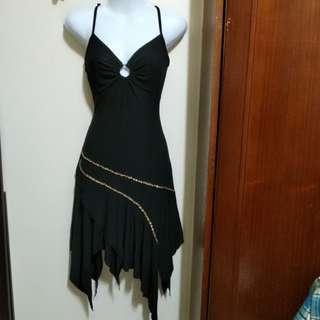 黑色細肩帶雪紡紗連身裙f