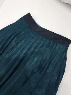 ForMe Mettalic Deep Green Pleated Midi Skirt