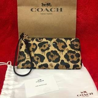 購自日本限量版Coach Pouch 豹紋長型銀包
