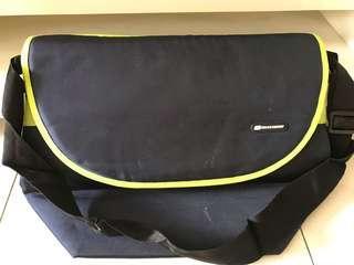 Skechers messenger bag