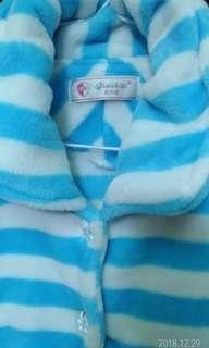 🚚 保暖棉絨外套,8成5新,size S(肩42,胸46,衣長58,袖51cm)