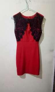 Bodycon red dress