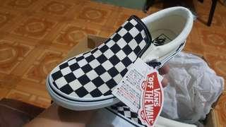 Vans Checkboard size 7US
