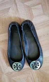 Tory Burch sz 7 Black Leather Ballet Flats Brand New