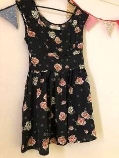 Element size 8 floral dress
