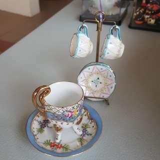 Tea set dispaly