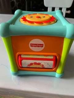🚚 Fisher Price Toy activity cube