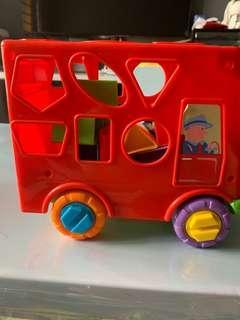 🚚 Shape sorter bus