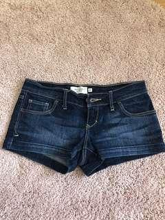 ABERCROMBIE AND FITCH DENIM SHORTS 6