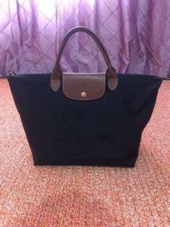 Longchamp Le Pliage size Medium Short Handle