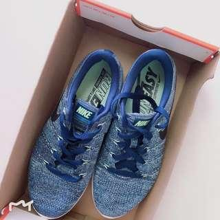 Branded Sports brand sale 🙌🏻Nike fly blue knit shoe