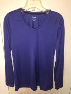 Reebok vneck long sleeve shirt size small