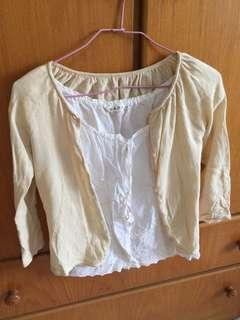 🚚 針織薄外套+白色上衣/M