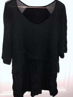 Black layer top size 18