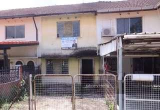 An investment not to be missed! 2 storey Inter-Terrace land size 1312 Sqft for Sale