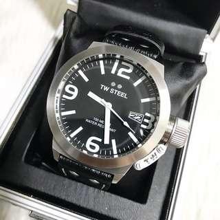 TW Steel Men's Canteen 45mm Leather Watch TW2