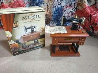 Sewing Machine Music Box #MMAR18