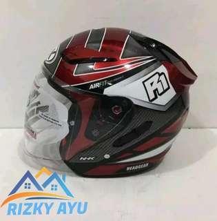 Helm nhk R1 motif giga merah maroon