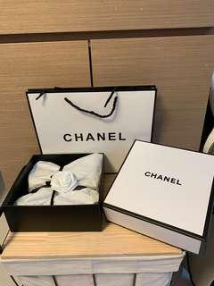 Chanel 頸巾(贈品)