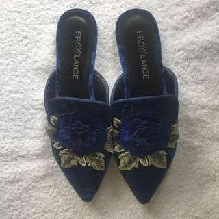 Freelance - Blue Heels size 37