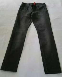 Authentic Uniqlo Jeans for Women