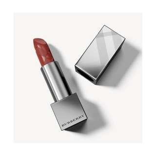 Brand new Burberry Kisses Lipstick in Russet #93