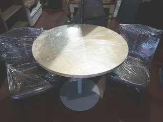 Round Table with 2 Swivel Chair