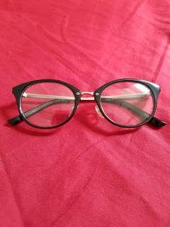 Tizio Glasses