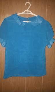 Peter pan collared blouse