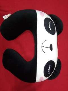 🚚 熊貓頸枕