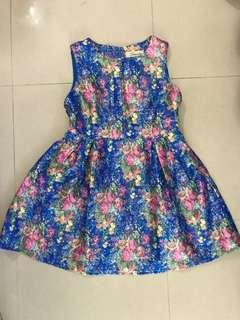 藍色花花裙