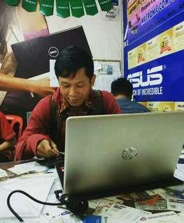 Laptop HP 14s-CF0045TX i5-8250U 4Gb 1Tb Radeon M530 Win10SL Promo