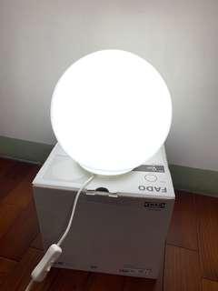 IKEA FADO桌燈(白色)